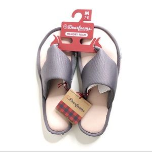 NWT Dearfoams Gray Flip Flops
